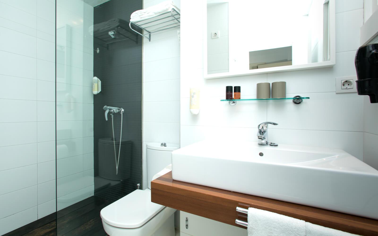 Zhero Hotel Palma Double Room Superior Bathroom