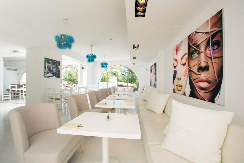 Zhero Hotel Palma Mallorca Restaurante en piscina terraza