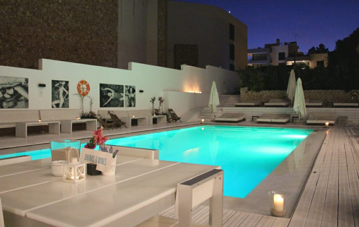 zhero hotel palma images videos suites pool restaurant and surrounding. Black Bedroom Furniture Sets. Home Design Ideas